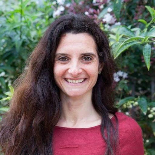 Urvashi Bailo Curso de Aromaterapia online